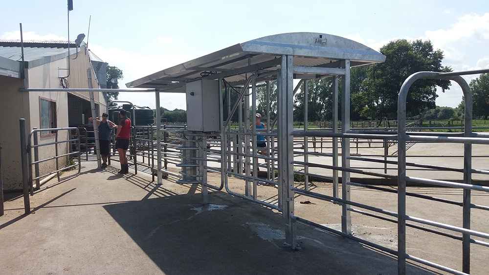 Manual & Automatic Drafting Gates