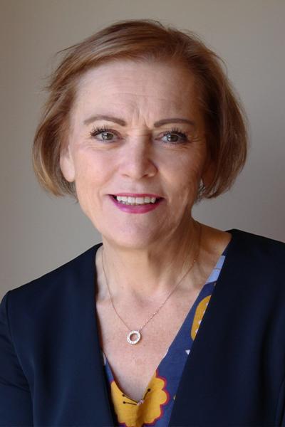 Kay Hoult