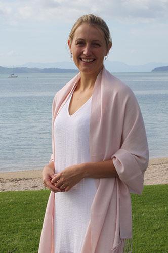 Dr Laura Miller